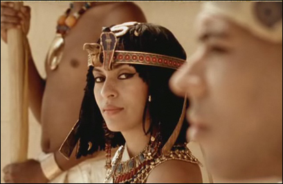 Кадр из фильма Возвращение Нефертити