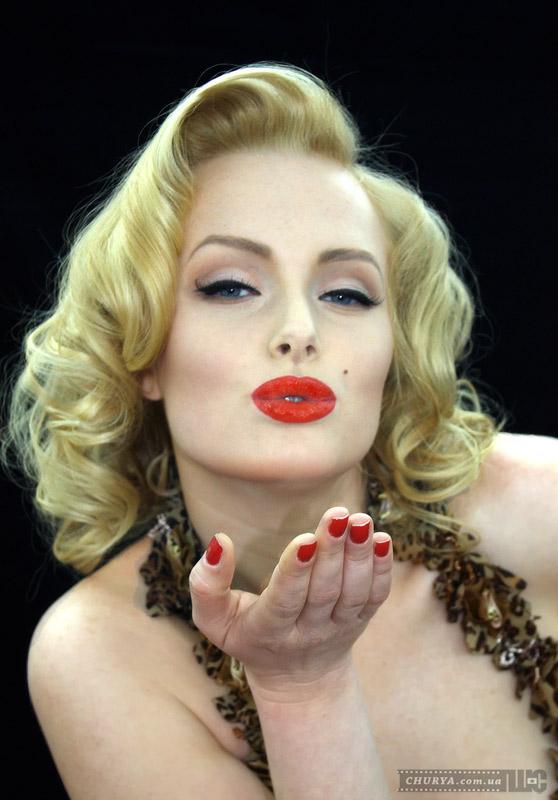 Что мужчины думают о женщинах с ярким макияжем?.